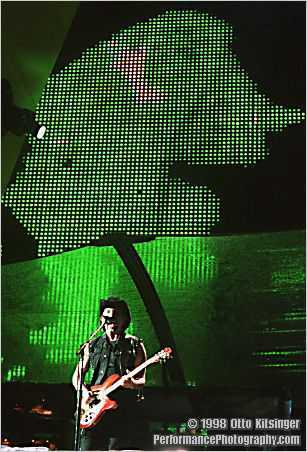 Live U2 concert photo of The Edge